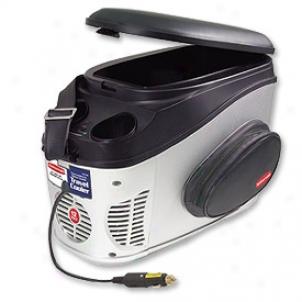 Black & Decker 12 Volt Pass Cooler & Wsrmer (12 Liters)