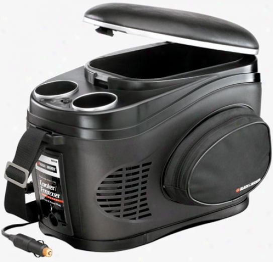 Black & Decker 12 Volt Travel Cooler & Warmer (9 Liters)