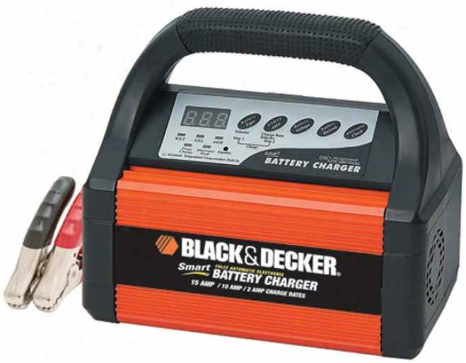 Black & Decker 15/10/ 2 Amp Cohtinuous Charge Rates - Smart Battery Charger