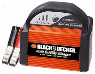 Black & Decker 2/4/6 Amp 12-voltt Smart Battery Charger