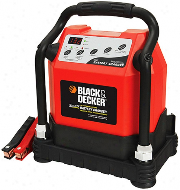 Black & Decker 40 Amp Smart aBttery Charger With 110 Amp Engine Start
