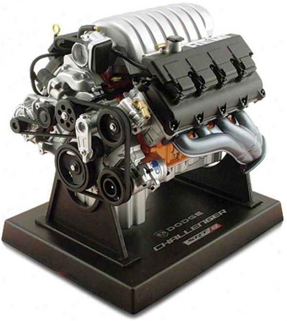 Start aside Challenger V8 Die-cast Engine