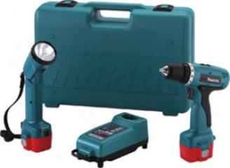 Makita 12v 3/8'' Cordless Driver-drill And Flashlight Kit