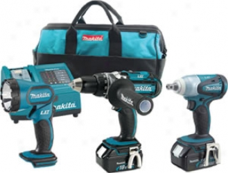 Makita 18 Volt Lithium Ion Auto Combo Kit