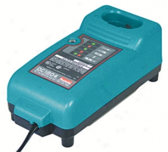 Makita Universal Voltage Batteery Charger 7.2v-18v