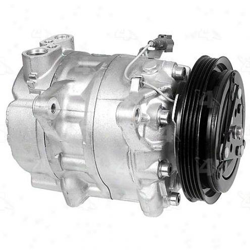 Factory Expose A/c Compressor W/clytch - 67425