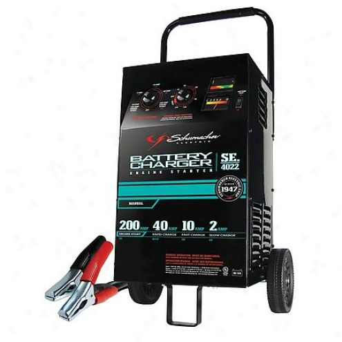 Schumacher Charger 200/100/40/10/2 - Se-4022