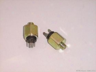 1973-1979 Audi Fox Brake Light Switch Brazil Audi Brake Light Switch W0133-1640381 73 74 757 6 77 78 79