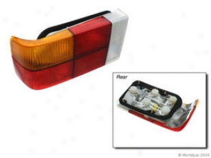 1979-1984 Volvo 242 Tail Light Oes Gemuone Volvo Tail Light W0133-1598319 79 80 81 82 83 84