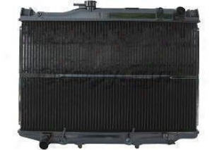 1982-1985 Toyota Celica Radiator Replacement Toyota Radiator P812 82 83 84 85