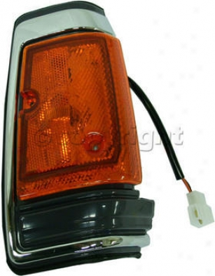 1983-1986 Nissan 720 Corner Light Replacement Nissan Corner Light 18-1151-66 83 84 85 86