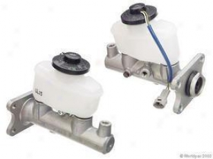 1986-1992 Toyota Supra Brake Master Cylinder Aisin Toyota Brake Master Cylinder W0133-1617257 86 87 88 89 90 91 92