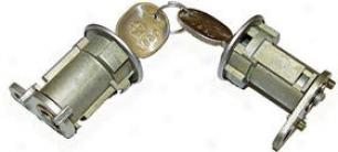 1987-1990 Jeep Wrangler Door Lock Kit Omix Jwep House Lock Kit 11813.02 87 88 89 90