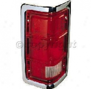 1988-1989 Dodge D100 Tail Light Re-establishment Dodge Tail Unencumbered Tri4724 88 89