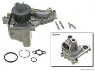 1988-1998 Toyota Celica Take in ~ Pump Aisin Toyota Water Pump W0133-1608494 88 89 90 91 92 93 94 95 96 97 98