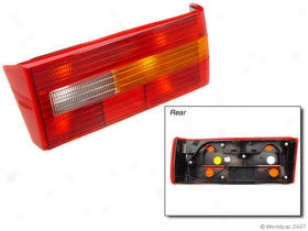 1990-1992 Volvo 740 Tail Light Housing Oes Genuine oVlvo Tail Light Housing W0133-1602496 90 91 92