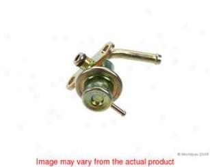 1990-1994 Audi V8 Quattro Fuel Pressure Regulator Delphi Audi Fuel Pressure Regulator W0133-1604911 90 91 92 93 94