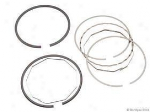 1990-1998 Saab 9000 Piston Ring Set Deves Saab Piston Ring Set W0133-1615035 90 91 92 93 94 95 96 97 98
