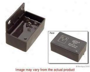 1992-1995 Bmw 325i Voltage Regulator Hella Bmw Voltage Regulator W0133-1612254 92 93 94 95
