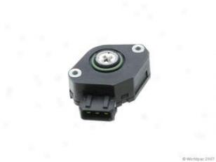1993-1995 Volkswagen Golf Throttle Position Sensor Vemo Volkswagen Throttle Position Sensor W0133-1601400 93 94 95