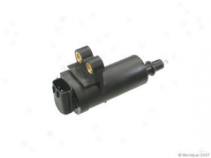 1993 Nissan Maxima Ignition Coil Hitachi Nissan Ignition Coil W0133-1607468 93