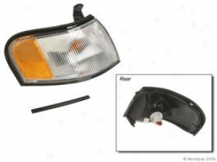1996-1998 Nissan 200sx Result Signal Light Dorman Nissan Turn Signal Light W0133-1628809 96 97 98