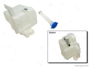 1996-2000 Nissan Altima Washer Reservoir Dorman Nissan Washer Reservoir W0133-1616409 96 97 98 99 00