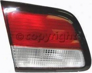 1997-1999 Nissan Maxima Tail Light Lens Replacement Nissan Tail Light Lens N730504 97 98 99