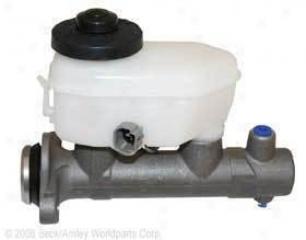 1998-2000 Toyota Sienna Brake Master Cylinder Beck Arnley Toyota Brake Master Cylinder 072-9485 98 99 00