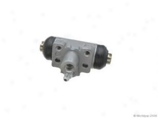 1998-2002 Honda Accord Wheel Cylinder Adler Honda Wheel Cylinder W0133-1630729 98 99 00 01 02