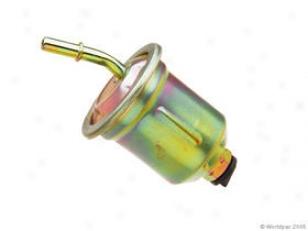 1998-2004 Mitsubishi Montero Sport Fuel Filter Forecast Mitsubishi Fuel Filter W0133-1635740 98 99 00 01 02 03 04
