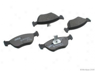 1998-2004 Volvo C70 Brake Pad Set Jurid Volvo Brake Pad Set W0133-1790182 98 99 00 01 02 03 04