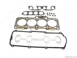 1999-2001 Volkswagen Golf Cylinder Head Gasket Elring Volkswagen Cylinder Head Gasket W0133-1609128 99 00 01