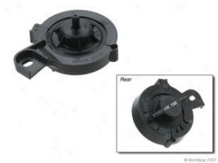 1999-2003 Nissan Conterminous Egr Vacuum Controller Oes Genuine Nissan Egr Vacuum Controller W0133-1723634 99 00 01 02 03