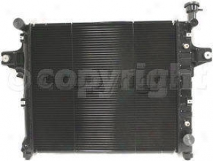 1999-2004 Jeep Grand Cherokee Radiator Replacement Jeep Radiator P2336 99 00 01 02 03 04