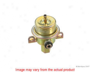 1999 Jaguar Vanden Plas Fuel Pressure Regulator Oes Genuine Jaguar Fuel Pressure Regulator W0133-1656916 99