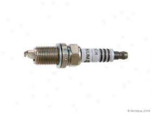2000-2001 Acura Integra Spark Plug Bosch Acura Spark Plug W0133-1805250 00 01