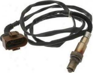 2000-2001 Audi A4 Oxygen Sensor Bosch Audi Oxygen Sensor 16069 00 01