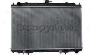 2000-2001 Infiniti I30 Radiator Replacement Infiniti Radiator P2329 00 01