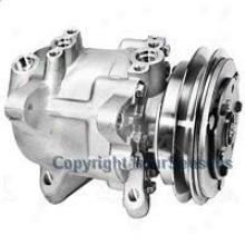 2000-2004 Nissan Frontier A/c Compressor 4-seasons Nissan A/c Compressor 68455 00 01 0 203 04