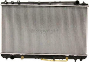 2000-2004 Toyota Avalon Radiator Rrplacement Toyota Radiator P2324 00 01 02 03 04