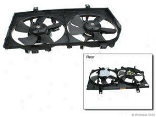 2000 Infiimti I30 Auxiliary Fan Assembly Genera Infiniti Auxiliary Fan Assembly W0133-1790617 00