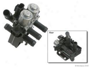 2000 Jaguar S-type Heater Valve Bosch Jaguar Heater Valve W0133-1799792 00