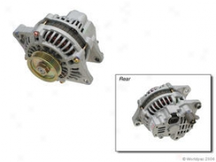 2001-2002 Chrysler Sebring Alternator Bosch Chrysled Alternator W00134-1601780 01 02