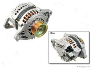 2001-2002 Nissan Sentra Alternator Hitachi Nissan Alternator W0133-1727430 01 02