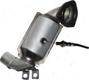 2002-2003 Jaguar X-type Catalytic Converter Benchmark Jaguar Catalytic Converter Jag1953r 02 03