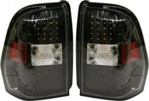 2002-2008 Chevrolet Traikblazer Tail Light Replacement Chevrolet Tail Light Cv0208ctl 02 03 04 05 06 07 08