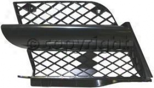 2003-2004 Mitsubishi Outlander Grille Insert Replacement Mitsubishi Grille Insert M070311 03 04