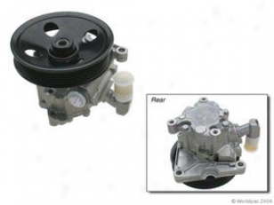2003-2005 Mercedes Benz E320 Power Steering Pump Zf Mercedes Benz Fleet Steering Pump W0133-5199084 03 04 05