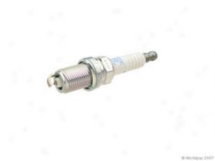 2003-2009 Saab 9-3 Spark Plug Ngk Saab Spark Plug W0133-1631785 03 04 05 06 07 08 09